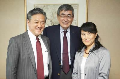 鳥山正博 教授 (立命館大学 経営大学院)、内藤 晴夫氏、ケイティ堀内