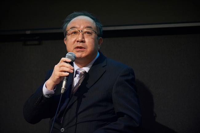 小川明彦氏