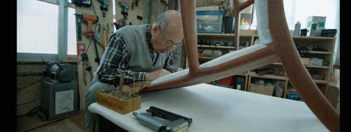 人と地球に優しいモノづくりを追求し65年 「椅子の神様」宮本茂紀氏の映像をグローバルチームで制作